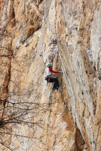 Nicola on the top of the first slab of Llagartu verde, 6a...