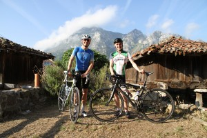 Andy and partner setting off from Casa Quiros